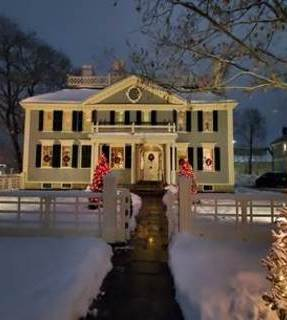 Home for the Holidays at Salisbury Mansion